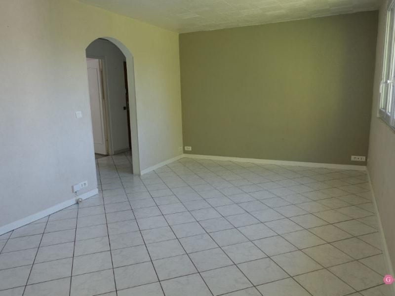 Rental apartment Maurecourt 1114,50€ CC - Picture 2