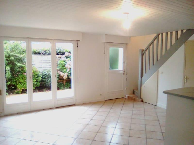 Sale house / villa Pluguffan 239000€ - Picture 2