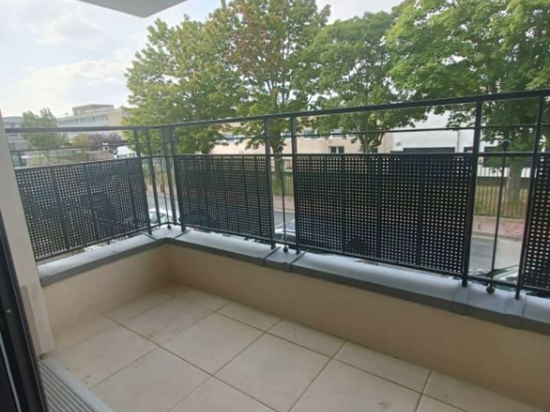 Sale apartment Clamart 299000€ - Picture 2