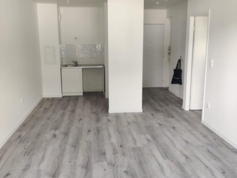 Sale apartment Clamart 299000€ - Picture 3