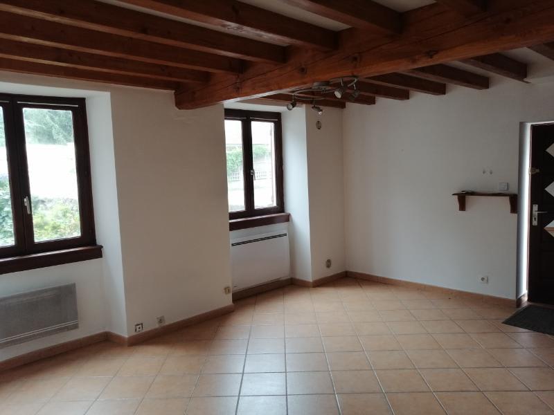 Location maison / villa St forgeux 350,40€ CC - Photo 3