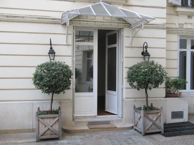 Location appartement Paris 6ème 2829,14€ CC - Photo 8