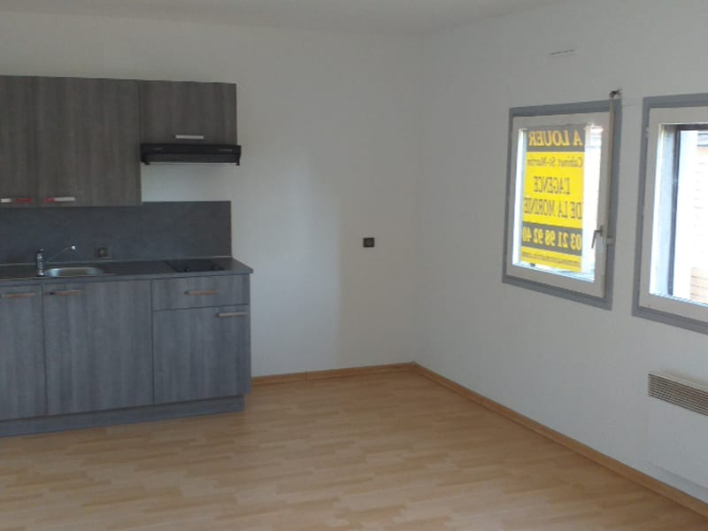 Rental apartment St omer 345€ CC - Picture 2