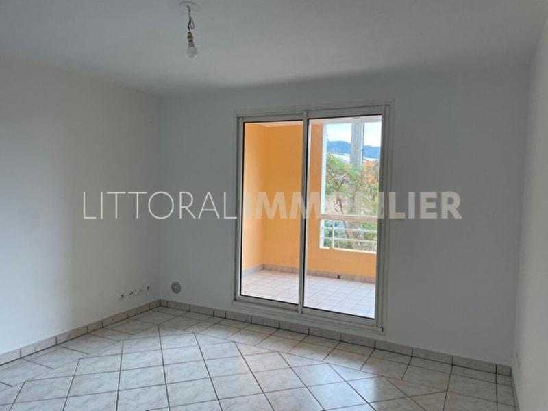 Rental apartment Sainte clotilde 428€ CC - Picture 3