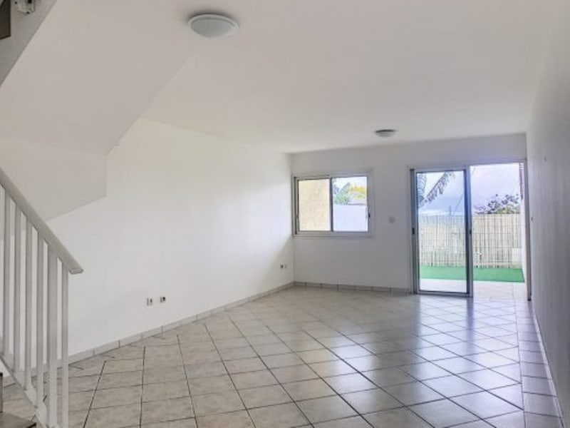 Sale apartment Le tampon 153000€ - Picture 4