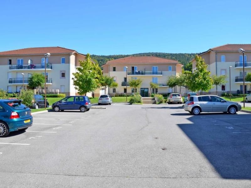 Rental apartment Arbent 481,50€ CC - Picture 1