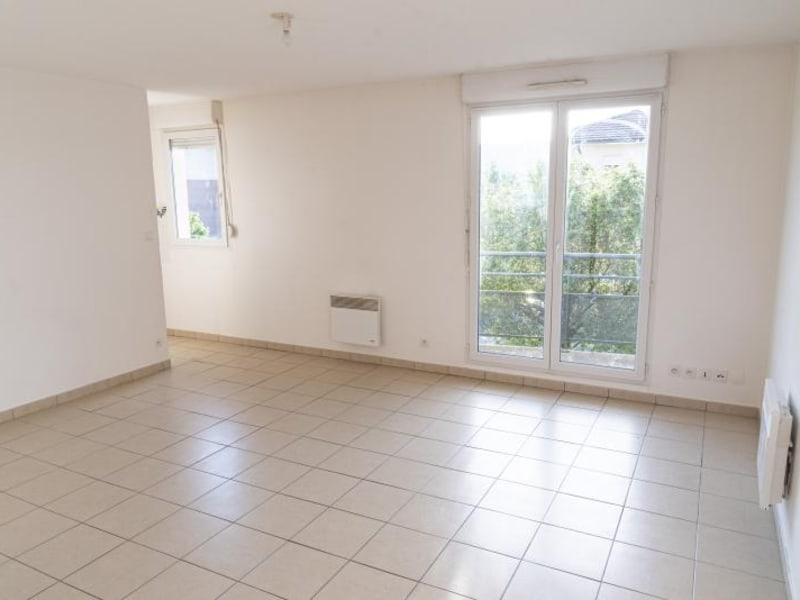 Rental apartment Arbent 481,50€ CC - Picture 2