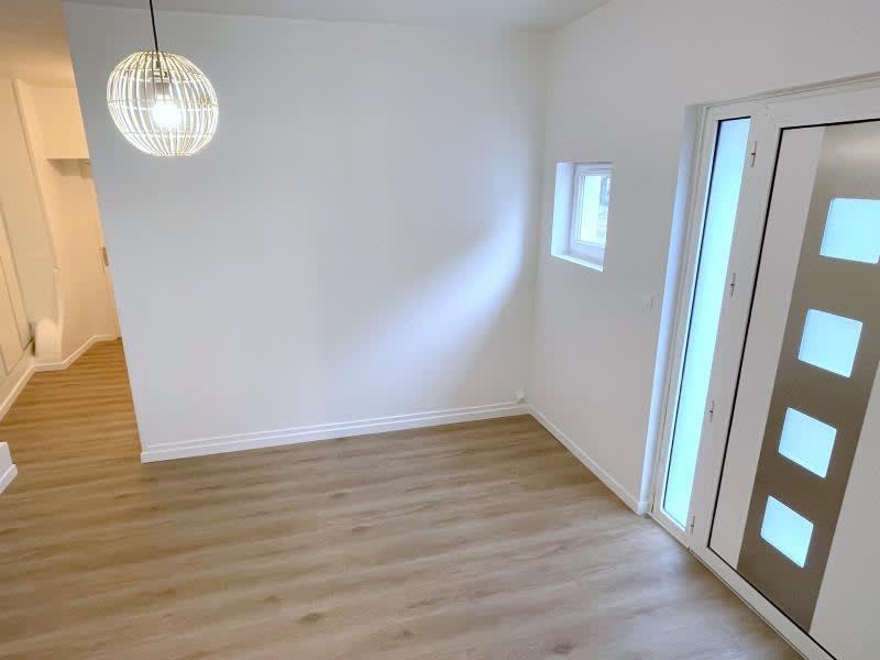 Rental apartment Villemomble 840€ CC - Picture 2