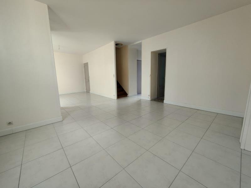 Sale house / villa Cognac 167502,73€ - Picture 2