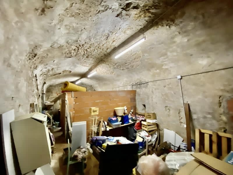 Sale empty room/storage St maximin la ste baume 20000€ - Picture 1