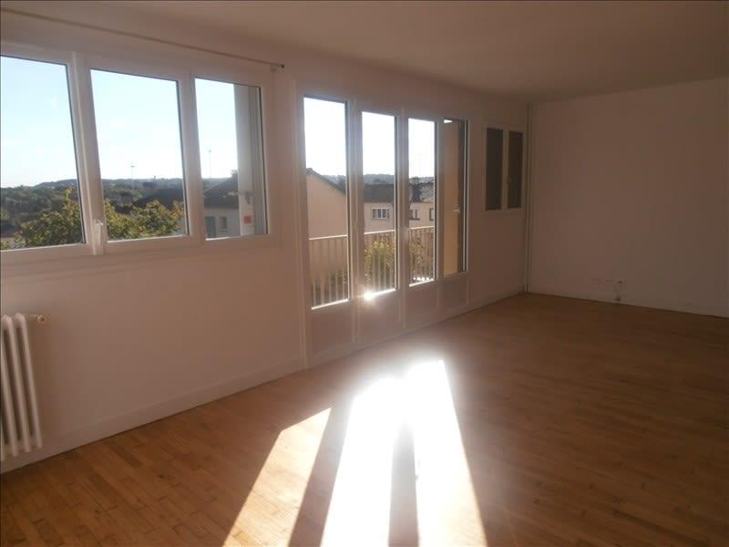 Location appartement Verrieres le buisson 950€ CC - Photo 1