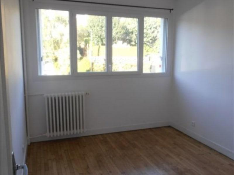 Location appartement Verrieres le buisson 950€ CC - Photo 3