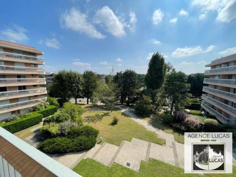 Rental apartment Verrieres le buisson 1450€ CC - Picture 1