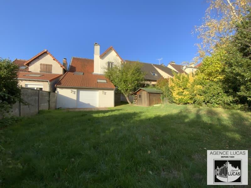 Sale house / villa Verrieres le buisson 679800€ - Picture 1