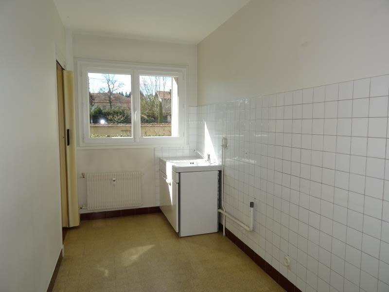 Rental apartment Riorges 380€ CC - Picture 3