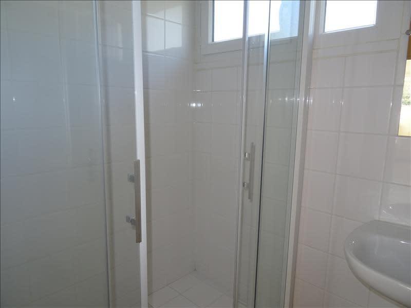 Rental apartment Riorges 380€ CC - Picture 4