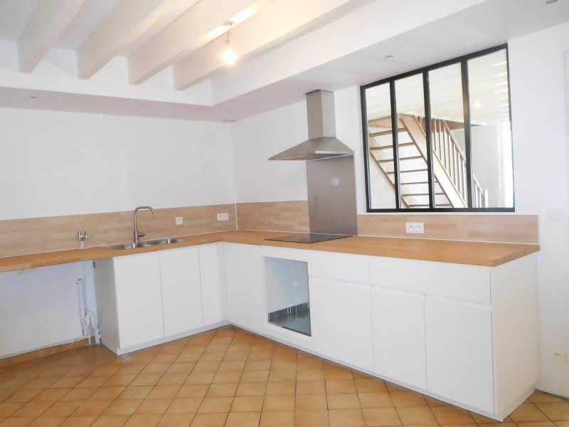 Location maison / villa Cubzac les ponts 800€ CC - Photo 5