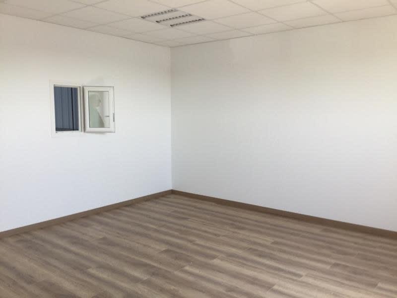 Rental empty room/storage St andre de cubzac 1030€ HC - Picture 6