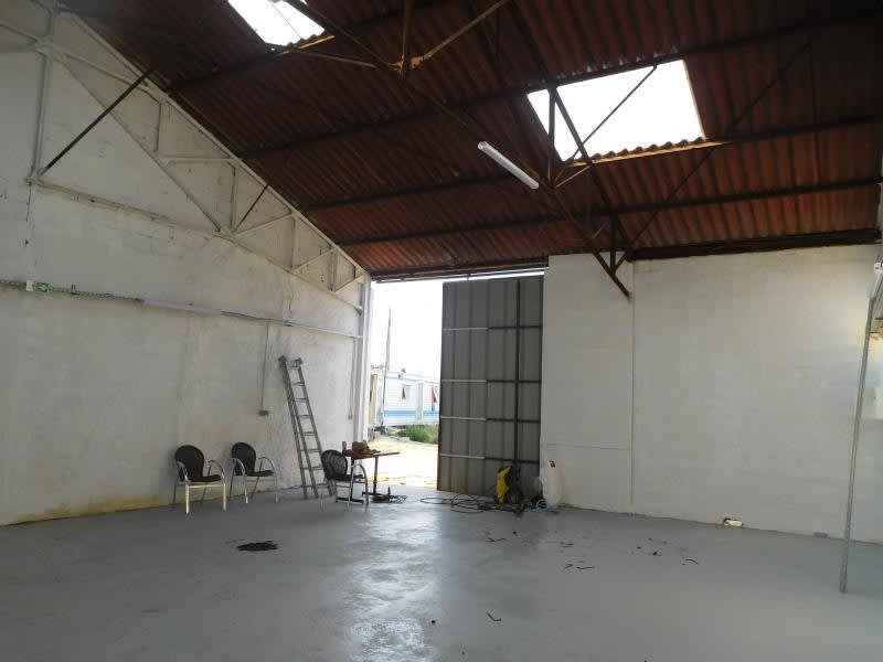 Location local commercial St gervais 1000€ HC - Photo 2