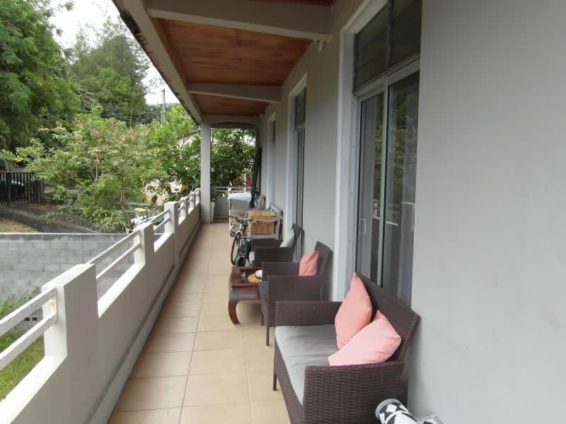 Sale house / villa Ste marie 214000€ - Picture 5