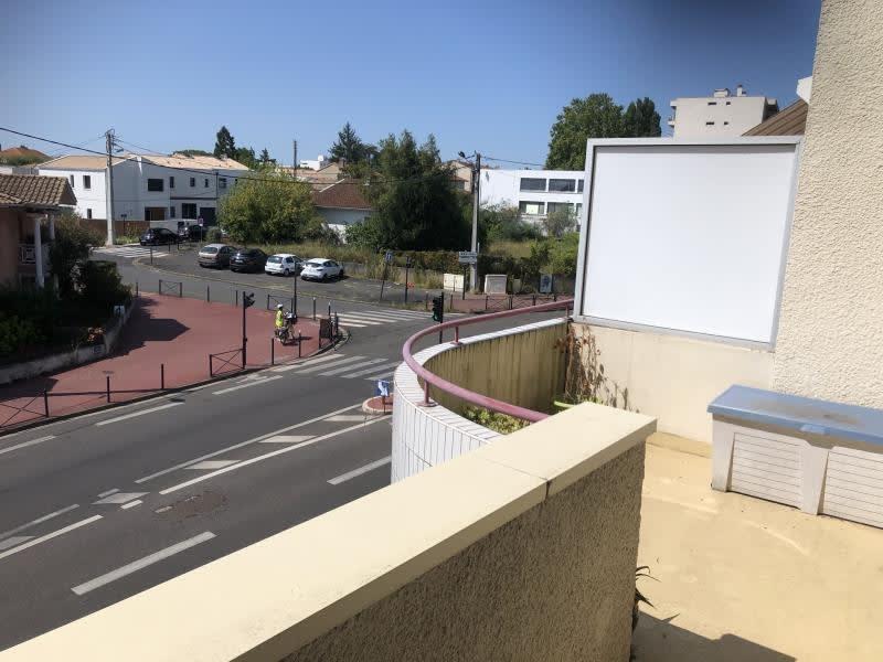 Sale apartment Bordeaux 285000€ - Picture 2