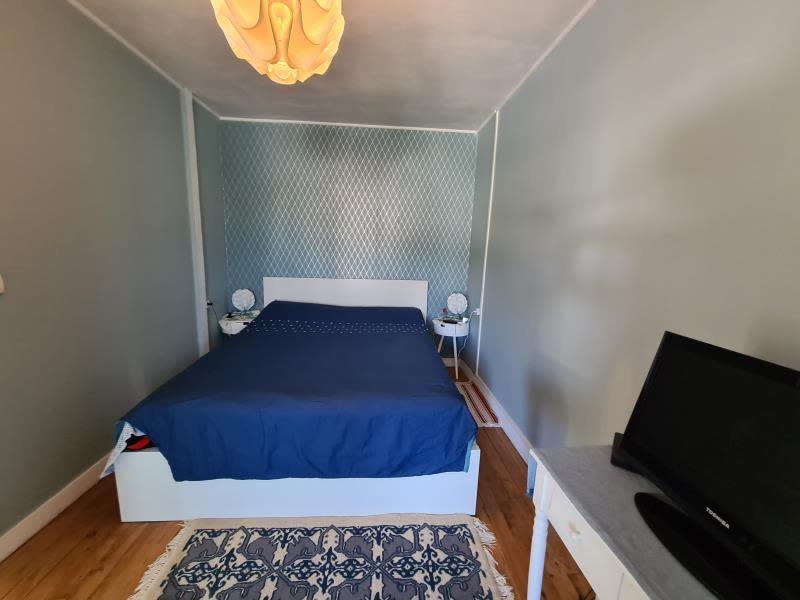 Sale house / villa Ambes 243500€ - Picture 4