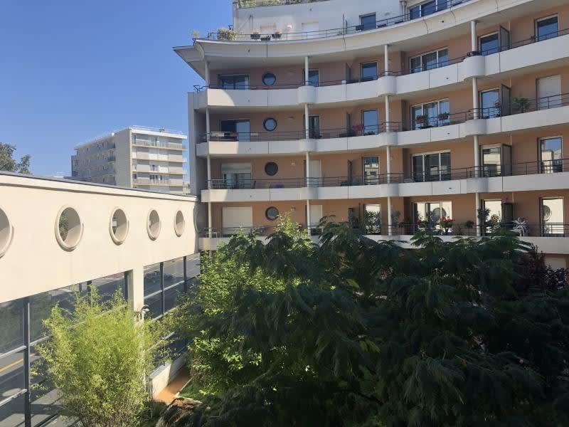 Rental apartment Issy les moulineaux 2700€ CC - Picture 9