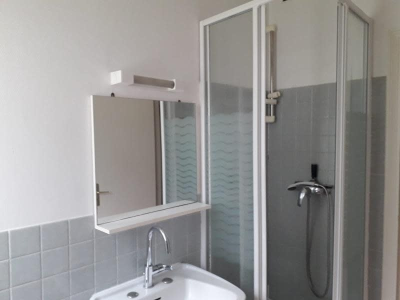 Rental apartment Versailles 625€ CC - Picture 9