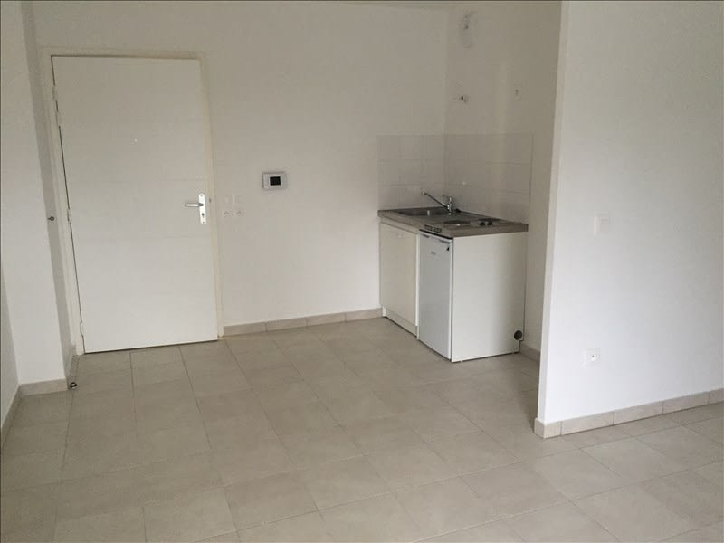 Rental apartment Athis mons 580€ CC - Picture 3