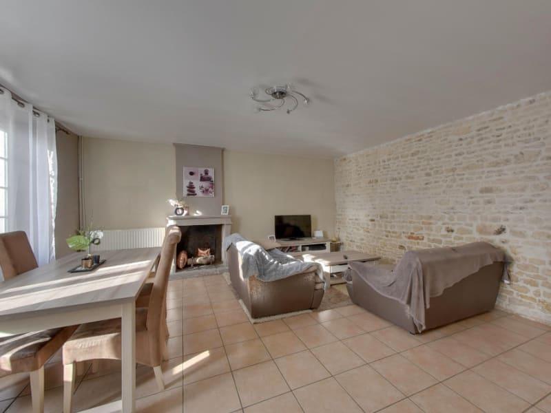 Sale house / villa Le thou 271500€ - Picture 1