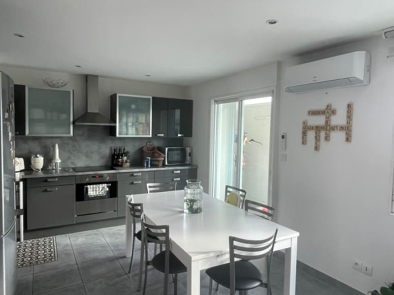 Sale apartment Le grau du roi 230000€ - Picture 3