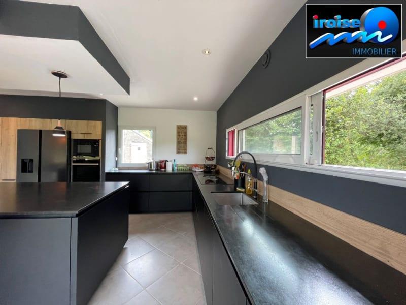 Sale house / villa Guilers 383000€ - Picture 3