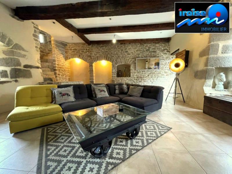 Sale house / villa Guilers 383000€ - Picture 9