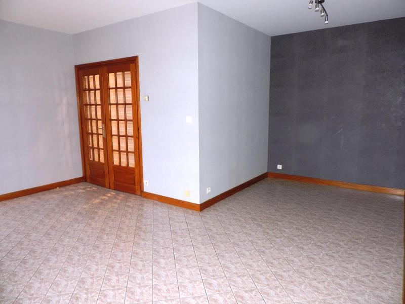 Location appartement Vindry sur turdine 538€ CC - Photo 3