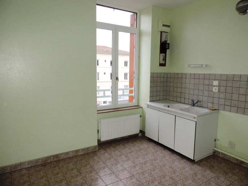 Location appartement Vindry sur turdine 538€ CC - Photo 4
