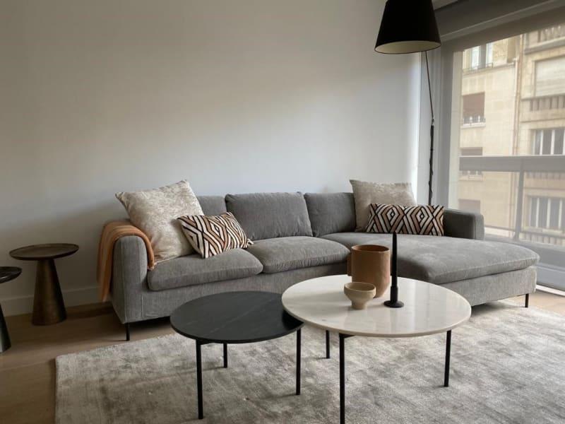 Location appartement Paris 16ème 2515€ CC - Photo 2