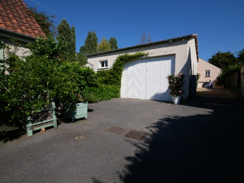 Sale house / villa Bailly 772000€ - Picture 2
