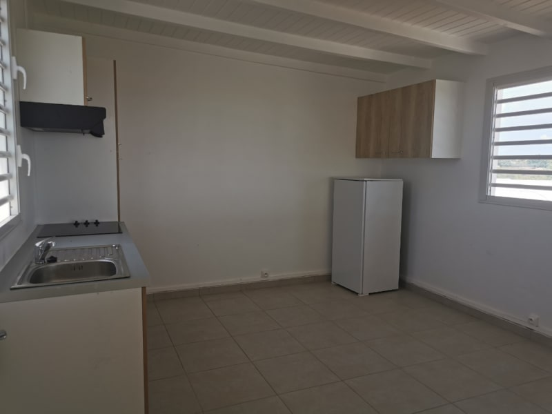 Location appartement Sainte anne 970€ CC - Photo 6