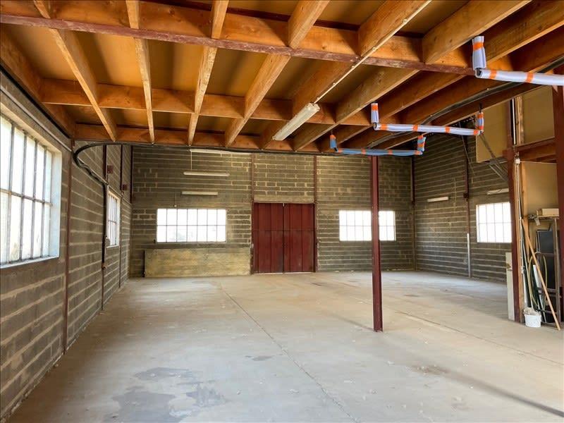 Rental empty room/storage Roanne 680€ HC - Picture 1