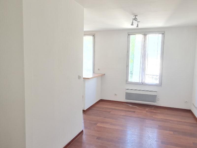 Sale apartment Pontoise 129000€ - Picture 2