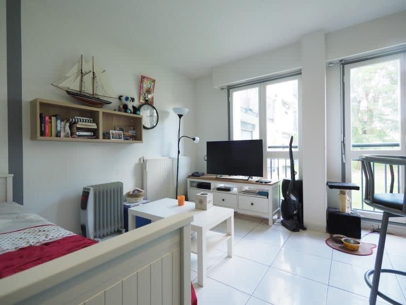 Rental apartment Les clayes sous bois 690€ CC - Picture 1