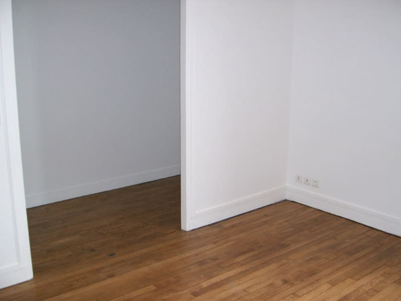 Location appartement Colombes 970€ CC - Photo 2