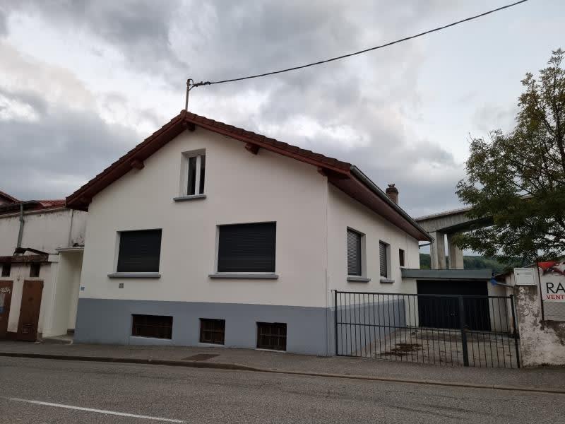 Rental house / villa Bellegarde sur valserine 890€ CC - Picture 1