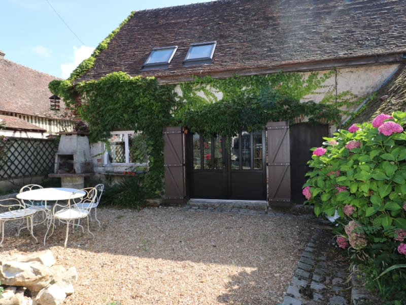 Location maison / villa Courville sur eure 735€ CC - Photo 8