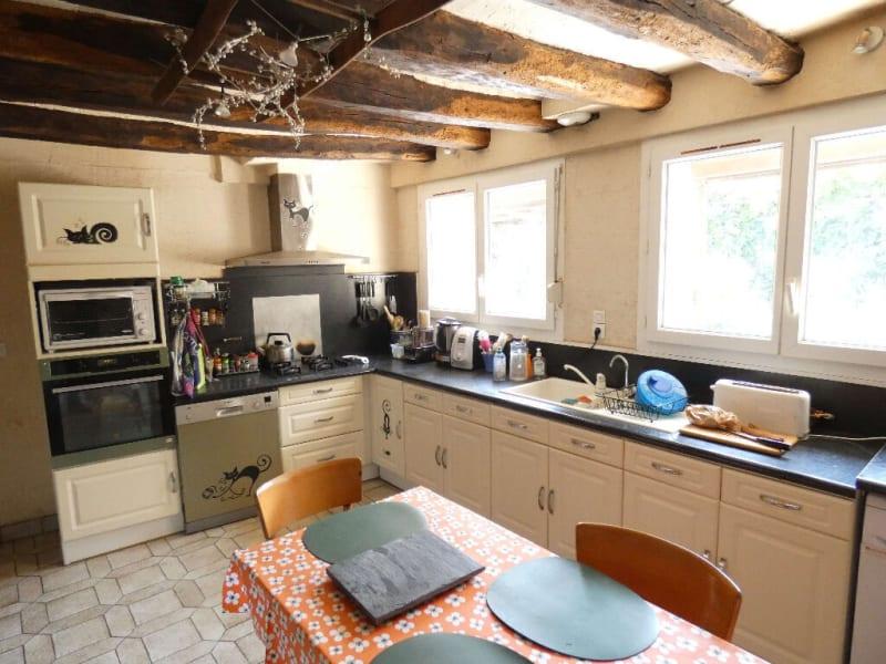 Sale house / villa Saint jean des mauvrets 397950€ - Picture 7