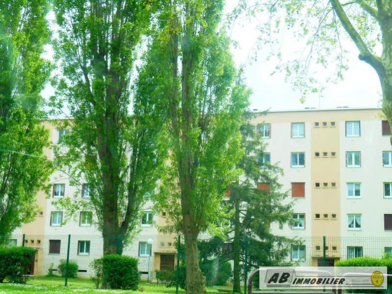 Rental apartment Poissy 850€ CC - Picture 1