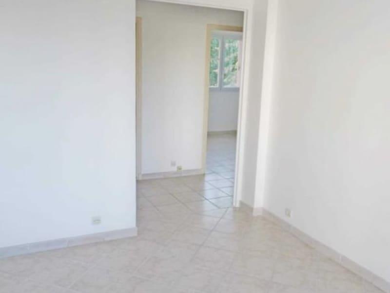 Rental apartment Poissy 850€ CC - Picture 3