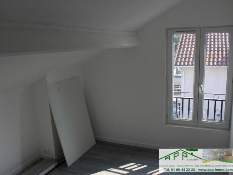 Rental apartment Vigneux sur seine 811,66€ CC - Picture 4