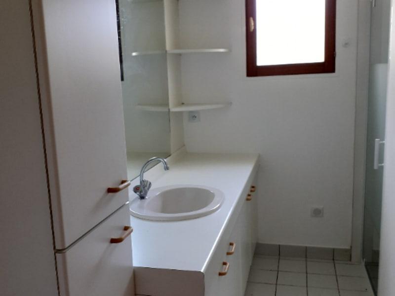 Location maison / villa St thurien 690€ CC - Photo 5