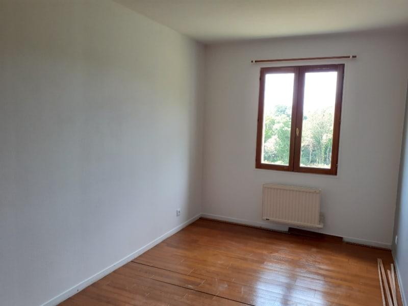 Location maison / villa St thurien 690€ CC - Photo 6